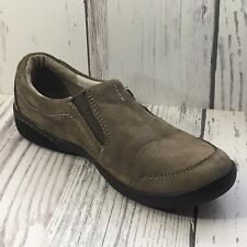 Clarks Taupe Leather Slip On Shoe Size 6.5M Comfort Casual Cute Work Weekend