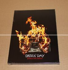 GREEN DAY - REVOLUTION RADIO CD - LYRIC BOOK EDITION - COLLECTOR NEUF
