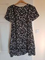 Women's New Look Black Floral Dress. Size 10. Short sleeve.