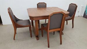 Art Deco Esstisch mit Stühlen