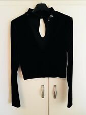 """H&M Divided Black Velour V Neck Top - size S approx 30"""" Bust"""