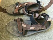 Teva mens brown suede sandals 10
