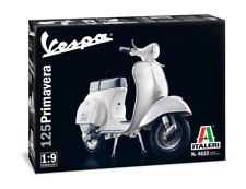 Vespa 125 Primavera Piaggio 1:9 Plastic Model Kit ITALERI