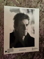 Stigmata - 2 press photos - Gabriel Byrne, Patricia Arquette