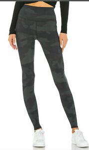 Alo Yoga HIGH WAIST CAMO VAPOR LEGGING  Black Camouflage Size XXS