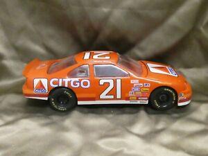 1995 Ford Thunderbird #21 Citgo Racing Champions Nascar 1/24 Michael Waltrip