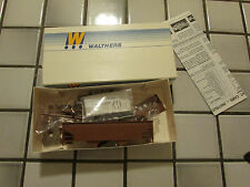 walthers Undecorated hopper car Ho scale /