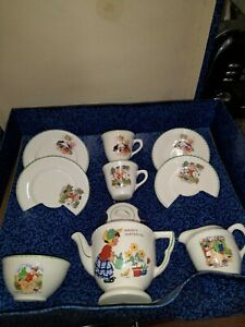 1925+ GRINDLEY CHILDS' TEA SET WITH NURSERY RHYMES WITH ORIGINAL BOX