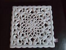 Wanddeko Ornament Schnitzerei Aufhänger eckig weiß shabby chic Holz Tafel
