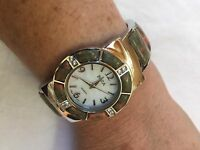Vintage Style Green Unikcyte Stone Bangle Cuff Bracelet Watch