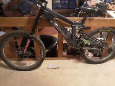 Santa Cruz V10, DH Mountain Bike
