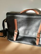 Fossil Commuter Lether Bag, With Dust Case.