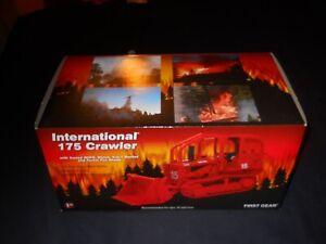 International IH 175 Crawler Bucket Forestry Fire First Gear 1:25 #40-0131 MINT!