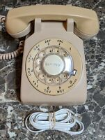 Western Bell Electric Tan Cream Rotary Dial Desk Phone 500DM Vintage 1976