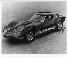 1965 Chevrolet Corvette Mako Shark II Concept Car, Factory Photo (Ref. #36142)