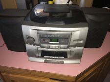 audiovox 3 cd changer home stereo system With 2 Speakers