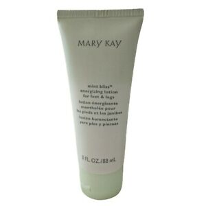 Mary Kay Mint Bliss Energizing Lotion Feet Legs NEW Pedicure Relaxation Sauna