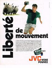 PUBLICITE ADVERTISING 045  1995  JVC    caméra vidéo LIBERTE VHS