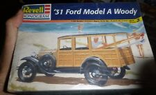 REVELL 1931 FORD WOODY A 1/25 MODEL CAR MOUNTAIN FS