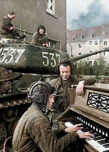 Russian tank Crew Germany Colorized 1945  WW2  WWII #1046 Print 4x6