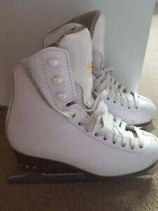jackson ariste ice skates size 2.5