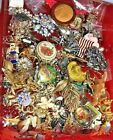 FREESHIP Vintage Now Jewelry Lot GOOD Wear Resell 10 Pc Brooch Necklace Box Mix