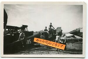 Foto - 2 : Militär-Flugzeuge aus Norwegen ??? mit Kennzahlen im 2.WK
