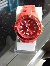 Montre ice watch femme rouge bracelet rouge rosé. Excellent état
