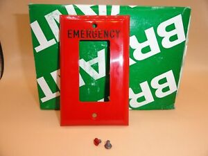 """BRYANT 1 GANG SWITCH PLATE COVER RECEPTACLE RED """"EMERGENCY"""" 88061-REM (QTY 1)"""