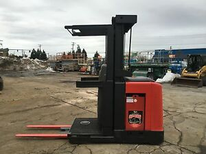 "2007 RAYMOND ORDER PICKER 3000LB CAP. 210"" LIFT 42"" FORKS,W/BATTERY & CHGR. 24V"