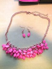 AVON 'SHB' Gold Pink  Oval Beaded Cluster Necklace Earring Set BNWB