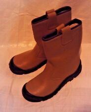 Tusker Tan Riggers Size 6