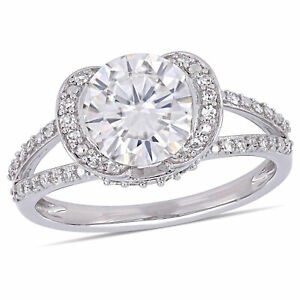 Amour 14k White Gold Moissanite and Diamond Halo Engagement Ring