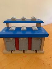Toys R Us Train Station Doors Open Engine Noises Thomas Compatible T1
