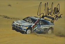 Ari Vatanen mano firmado 12x8 Foto Peugeot Rally Dakar.
