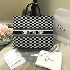 DIOR BOOK TOTE OBLIQUE BAG.