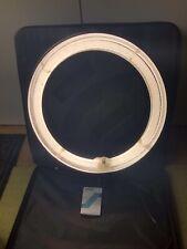 Neewer ring light 18 Inch