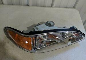 1997-2002 Ford Escort Right Passenger Side Head Lamp Headlight