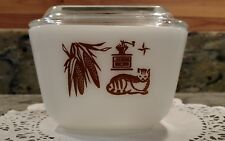 """#501-B """"EARLY AMERICAN"""" PYREX 1-1/2 CUP REFRIGERATOR DISH WITH #501-C LID"""