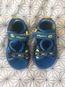 Clarks Doodle Sandals Blue Baby Size 4.5
