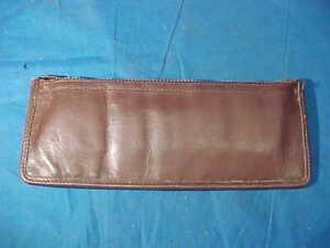 Vintage L.L.BEAN LEATHER Belt Worn CARTRIDGE HOLDER Clean condition