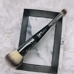 It Cosmetics Heavenly Luxe #7 Complexion Perfection foundation concealer Brush