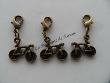LOT 3 CHARMS BRELOQUE A FERMOIR METAL BRONZE FORME VELO - BIJOUX PERLES