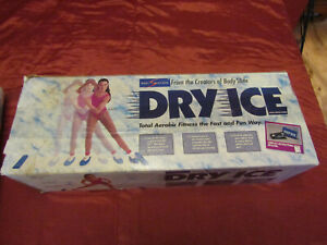 LATERAL SLIDE BOARD SET HOCKEY TRAINING DRY ICE BODY SLIDE ( Missing Booties )