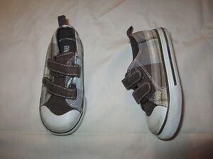 Gymboree hook & Loop Plaid Sneakers Shoes Toddler 8 tennis athletic kids