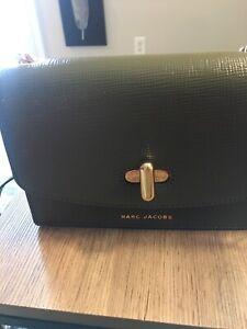 Marc Jacobs Satchel Crossbody Retail $350.00