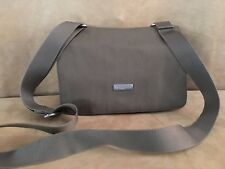 Baggallini Triple Zip vintage Cross body travel bag purse airline strap nylon
