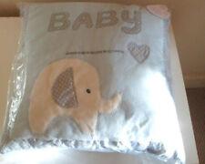 Décorations et veilleuses bleus pour bébé