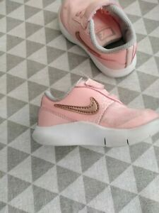 Chaussures roses Nike pour fille   eBay
