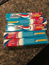 New 5 packs Aquafresh Cavity Protection Fluoride Toothpaste, Cool Mint 3 oz